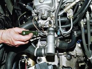 Замена термостата на Hyundai Accent